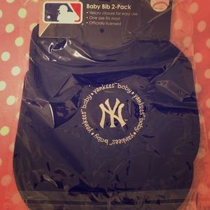 New York Yankees Baby Bibs
